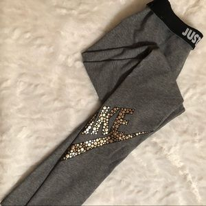Nike Leg-A-See Leggings/ Tights Grey/Gold